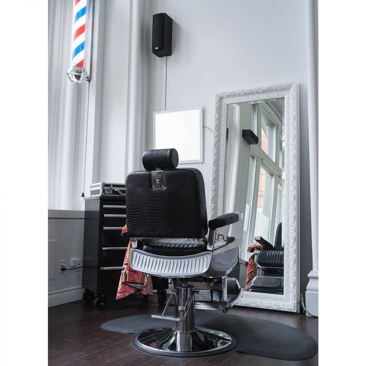 Quot Constantine Quot Barber Chair In Crocodile