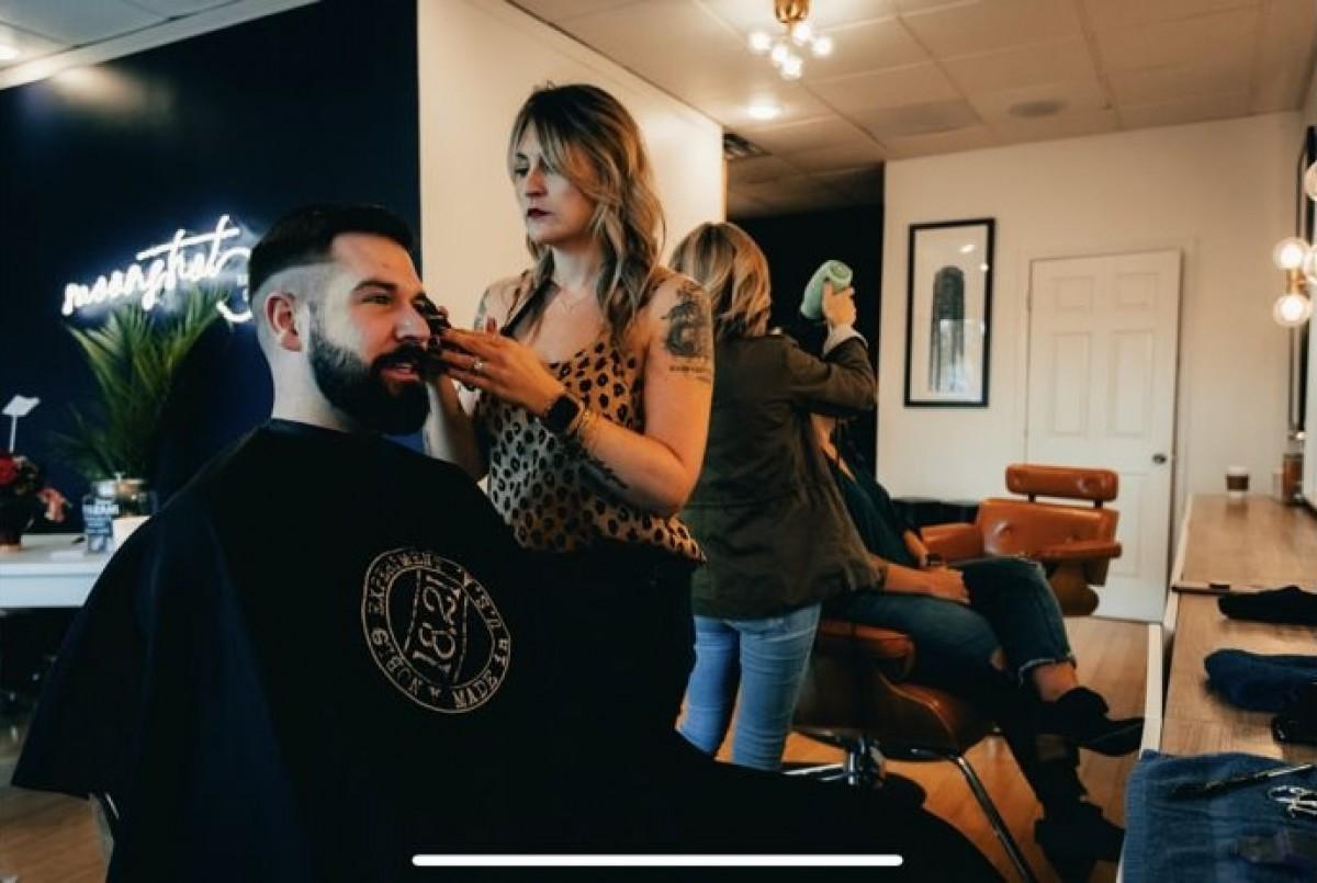 hair salon chairs near Dallas, Texas, hair salon equipment near Dallas, Texas